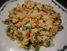 Бъркани яйца с пилешко месо