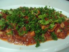 Октопод в чеснов доматен сос